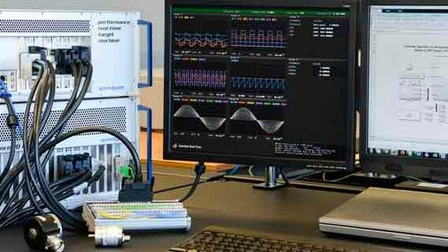 Hardware Speedgoat para creación rápida de prototipos y simulación hardware-in-the-loop.