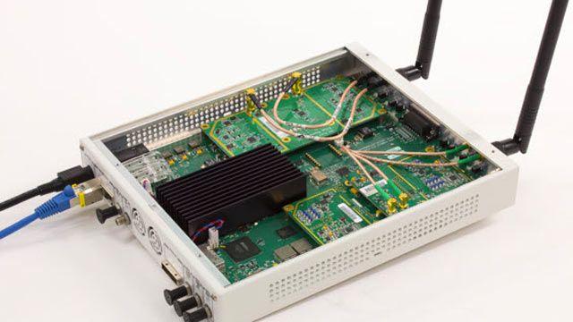 SDR USRP utilizado para recibir tramas de beacons OFDM 802.11.