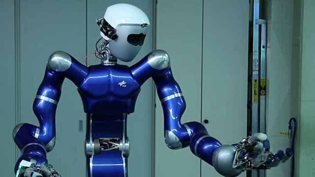 Los investigadores desarrollan algoritmos de control complejos y generan código de forma automática para robots autónomos mediante el diseño basado en modelos con MATLAB y Simulink.
